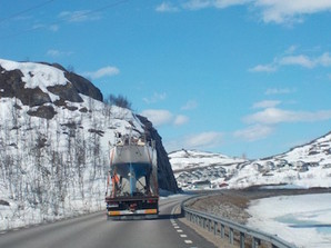 On the road to Narvik at the end of May this year. Photo by Charlotte Wilkinson